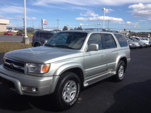 2000-Toyota-4Runner-100414-Really