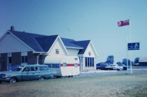 Car-Trailer-CanadianBorder-1966