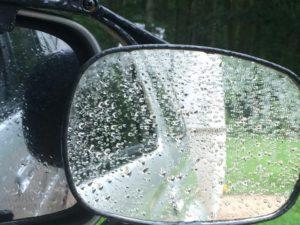 046-mirrors-rain