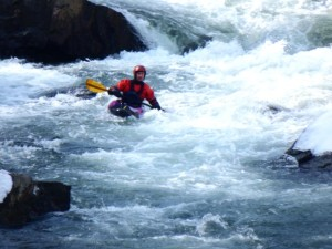 17-Kayaker-GoshenPass